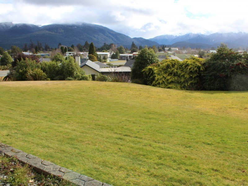 5 Burnby Place, Te Anau