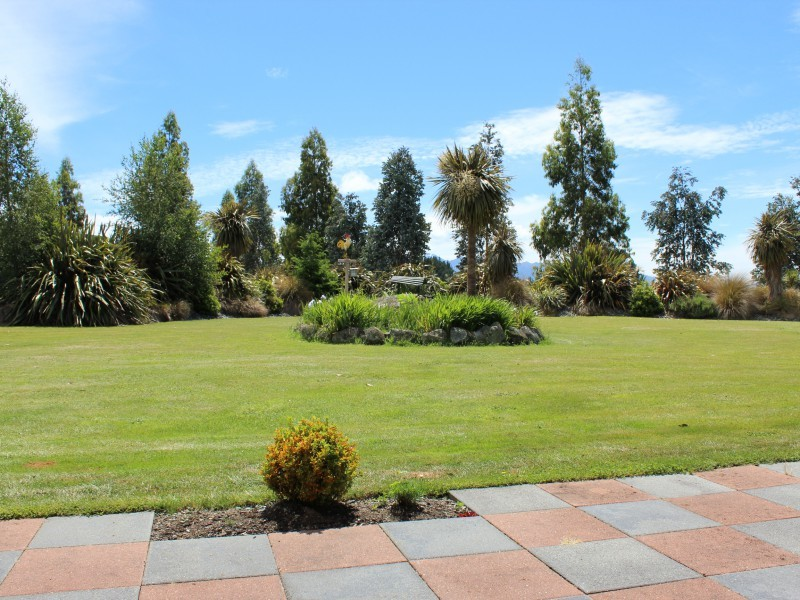 27G Ramparts Road, Te Anau