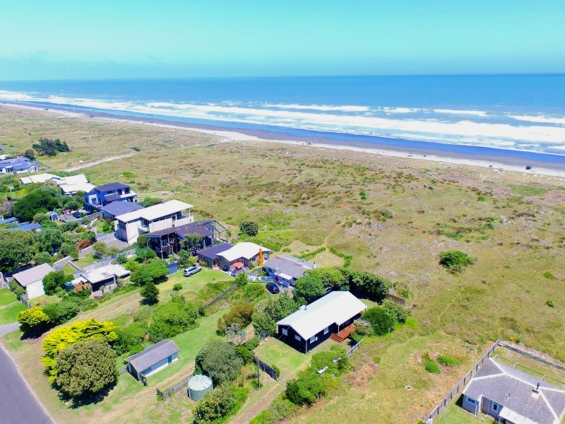Waitarere Beach