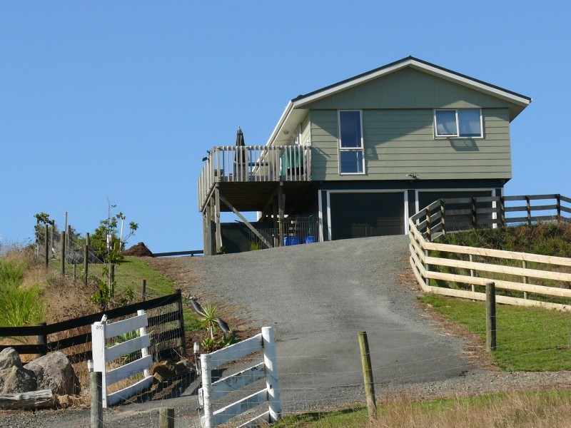 37 Valley Road, Hikurangi