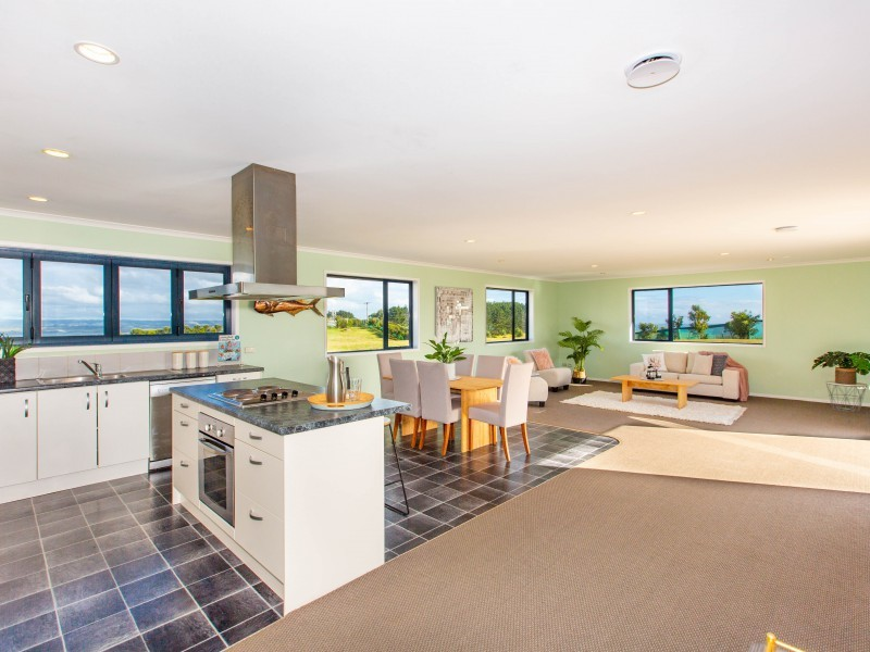 420 Phillips Road, Raglan