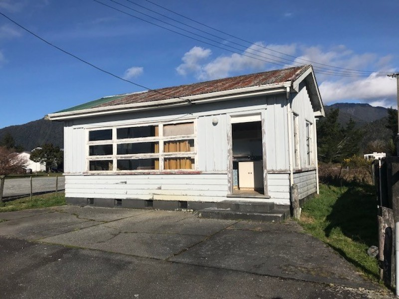 73 Main Road, Whataroa