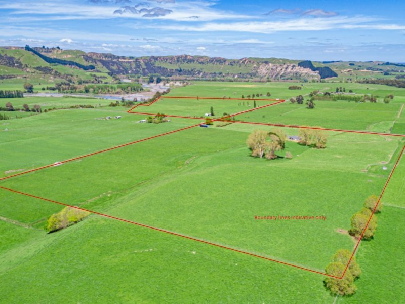609 Putorino Road and Smiths Road and Putorino Road, Hunterville