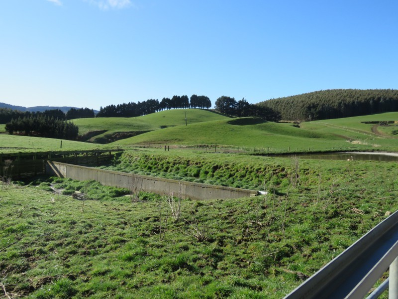 906 Waimahaka Fortification Road and 46 Wairata Road, Fortification