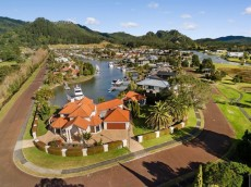 601 Waterways Parade, Pauanui